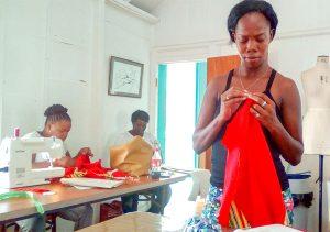 12 participants complete  fashion  summer course